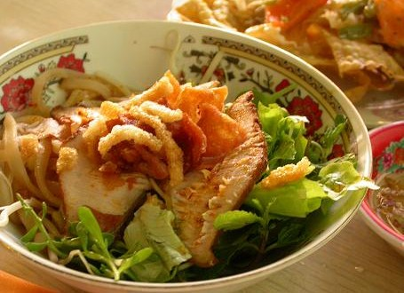 Cao Lau, traditional food of Hoi An - Travel information for Vietnam from local experts