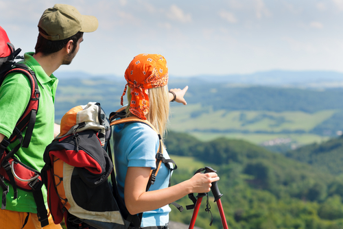 Backpacking or package holiday? – Travel information for