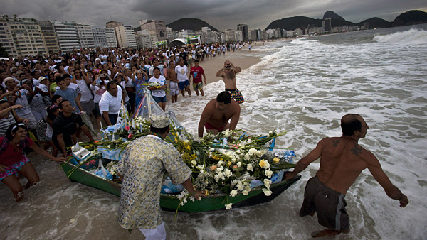 new year tradition brazil