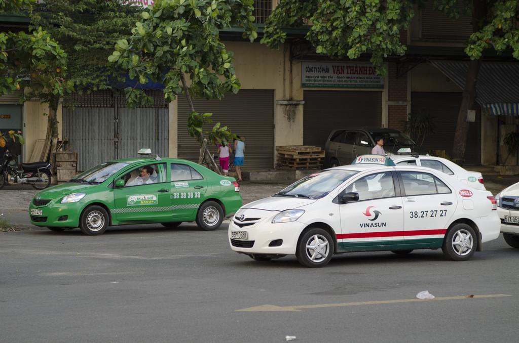 vietnam-taxis