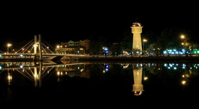 phan-thiet-at-night