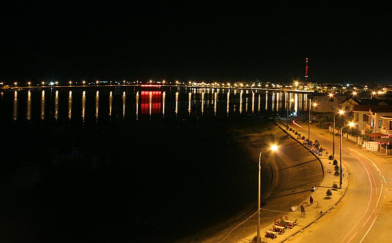 dong-hoi-at-night