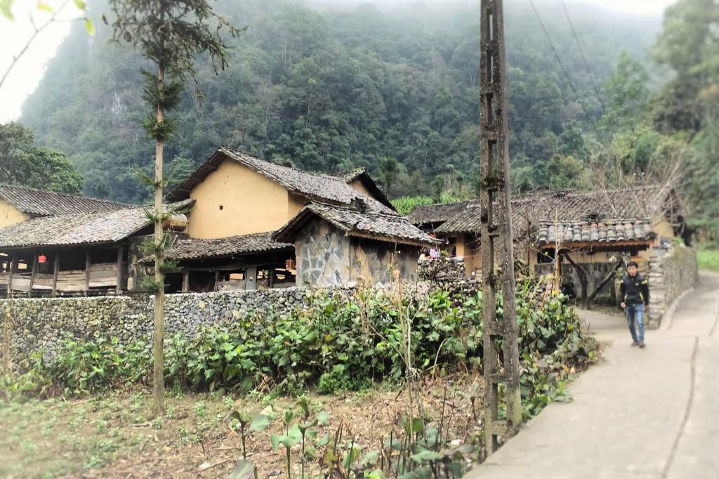 Pao's house