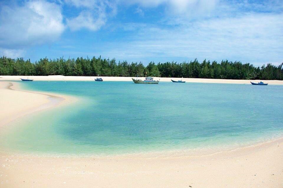 Trieu Duong Beach