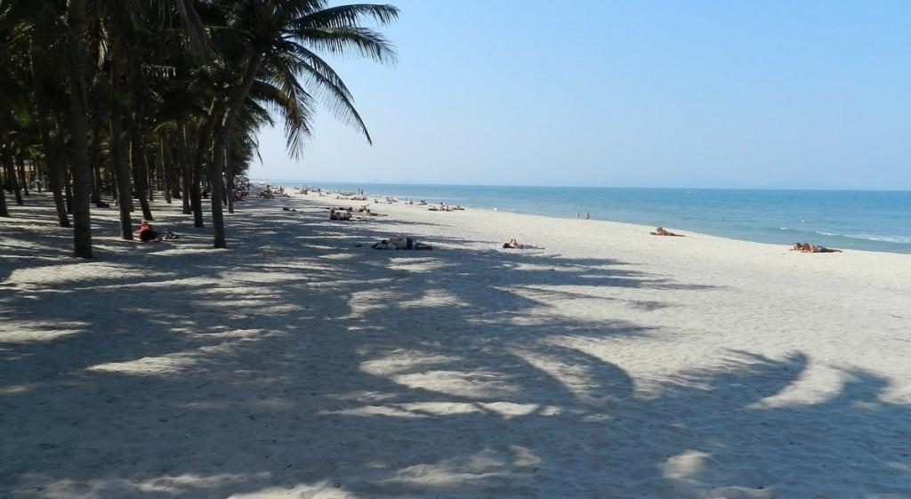 cua-dai-beach