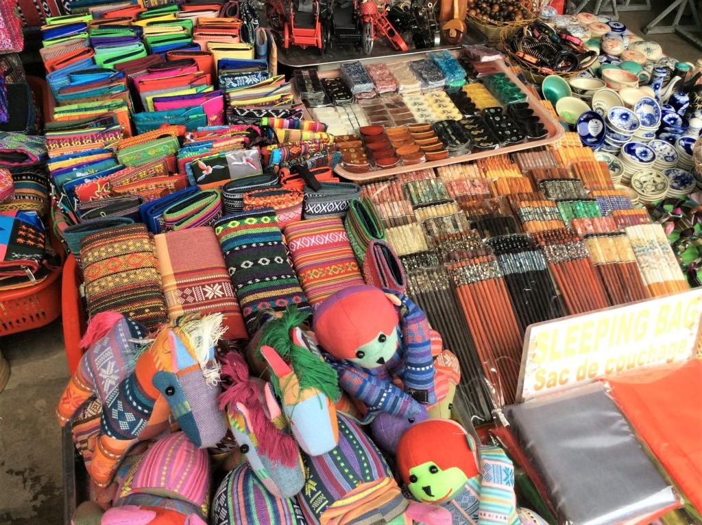 hoi-an-market