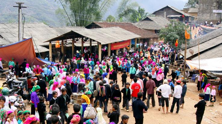 khau-vai-market
