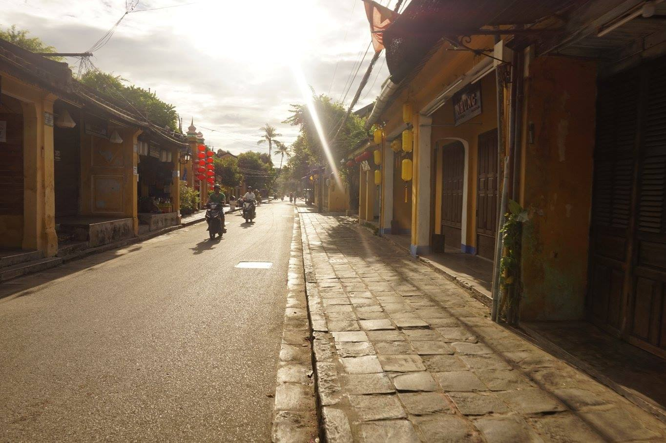 ancient houses in Hoi An