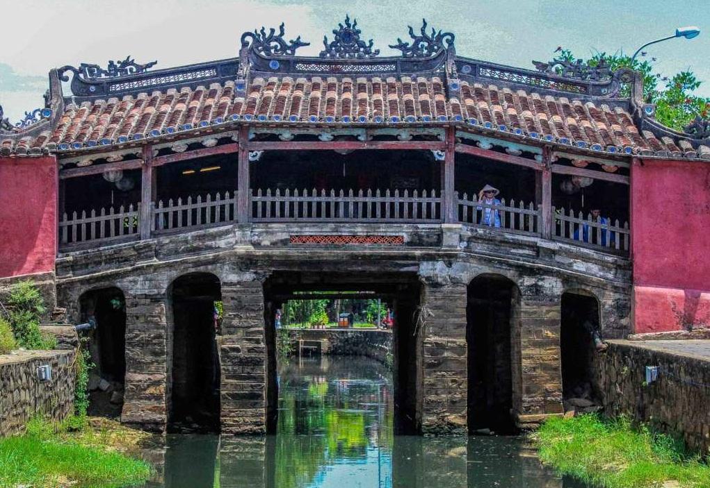 bridge-pagoda