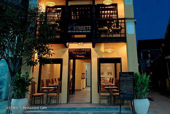 street-restaurant