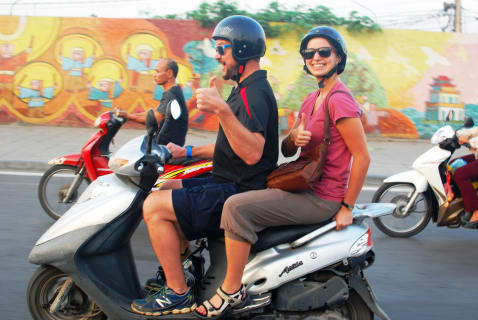 hanoi-scooter