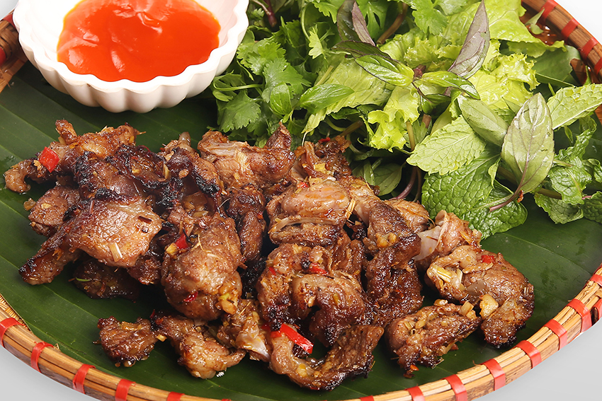 Grilled pork meat mai chau vietnam food